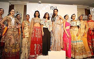 The Grandeur of Indian Couture - One World News