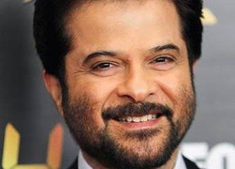 Anil Kapoor makes comeback with Indian version of 'Modern Family'!