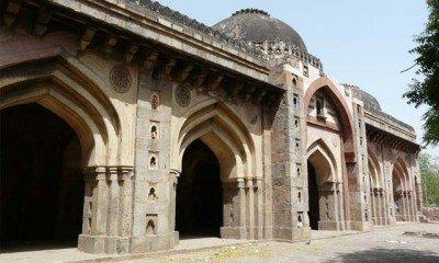Moth ki Masjid – an island of solace in Delhi