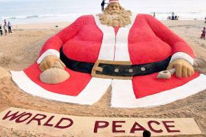 World's tallest sand Santa Claus
