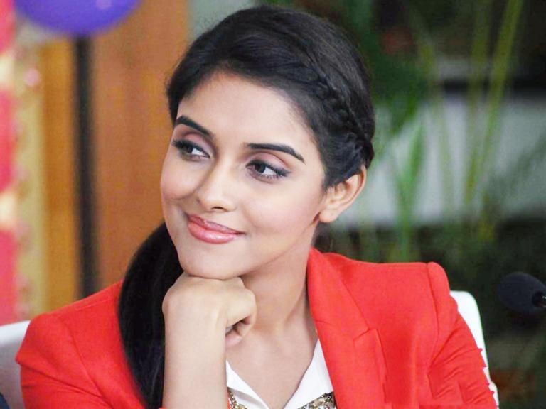 Asin-Actress-Hd-Wallpaper-Free-Download5