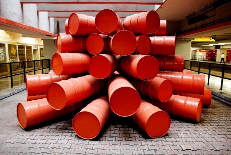 metal-oil-barrels