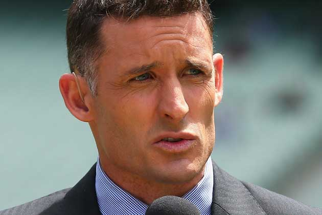 michael-hussey-suit-boot