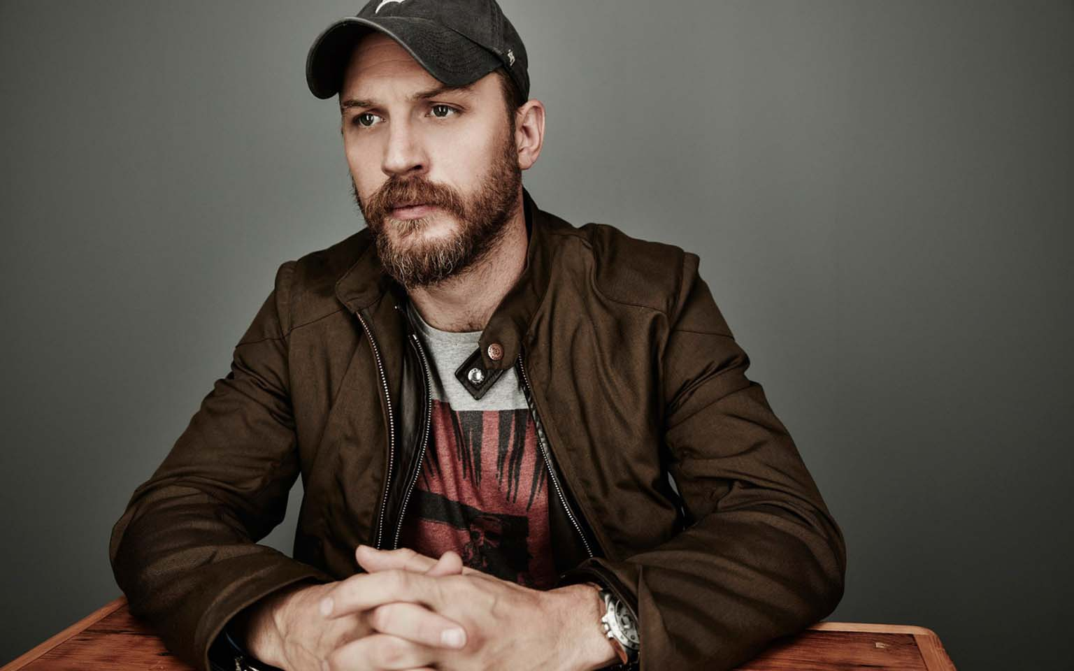 tom_hardy_actor_cap_beard_104634_3840x2400