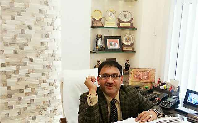 Dr.-Sanjeev-Gupta1