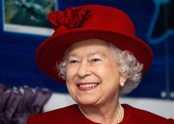 Queen Elizabeth II Calls Chinese Officials Very Rude