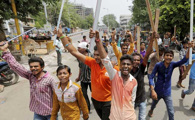dalit-protesters-gujarat