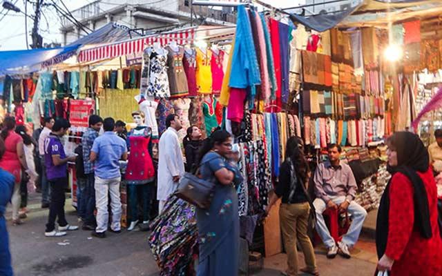 OMG! Shopping hub 'Sarojini Nagar' shuts down!