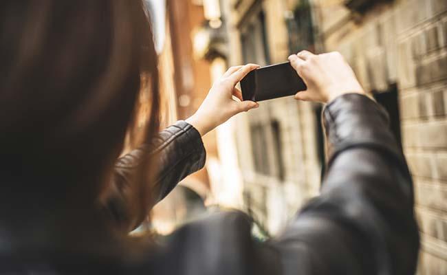 selfie-generic