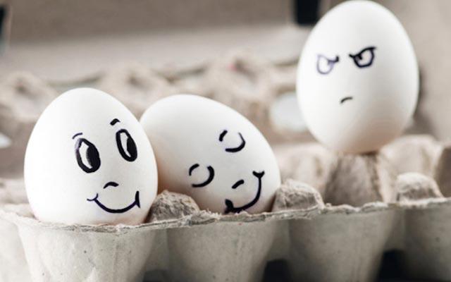 jealousy_eggs