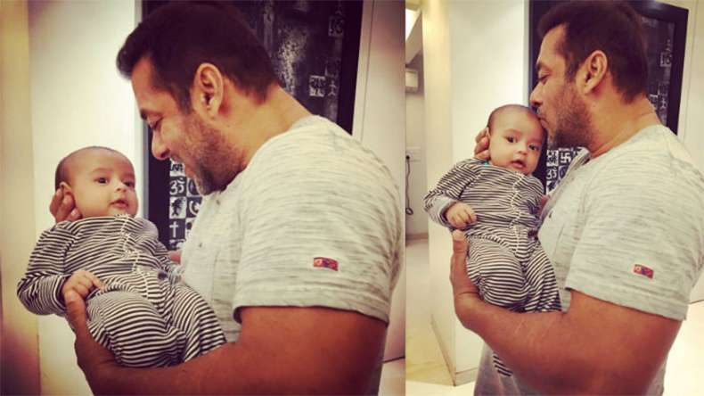 Find out what all special Khan's fan has done for Ahil?