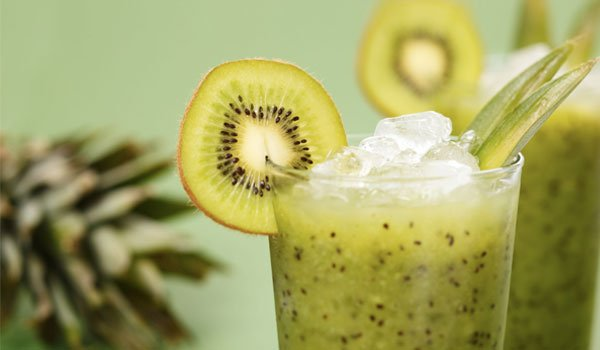 Here are all the skin benefits of a Kiwi fruit
