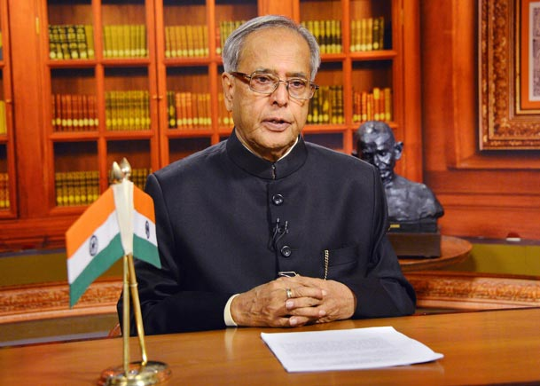 President Pranab Mukherjee promises probe into JNU missing case