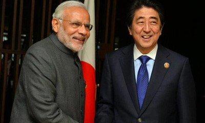 Narendra Modi with Japanese Prime Minister Shinzo Abe