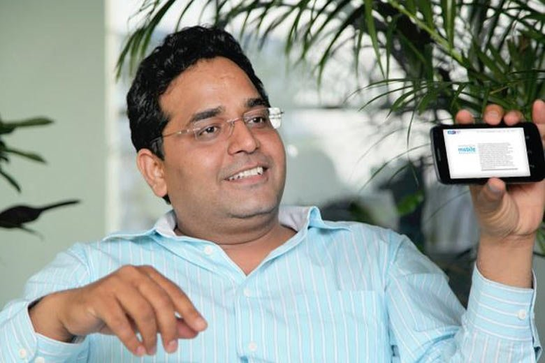 War of Tweets between Arvind Kejriwal & Paytm's CEO