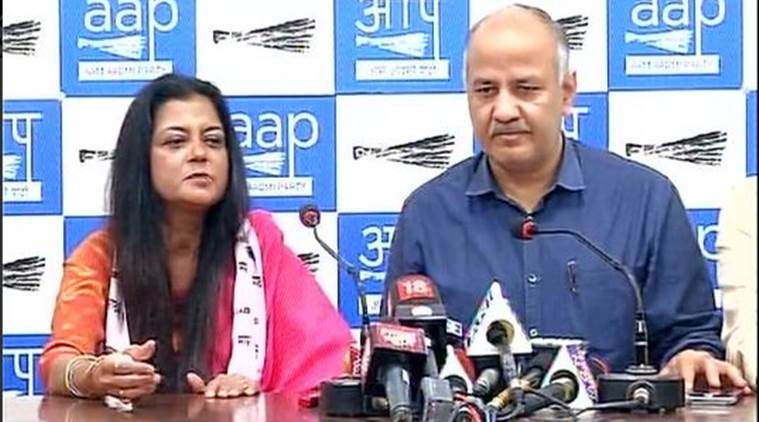 Poonam Azad joins AAP after serving BJP