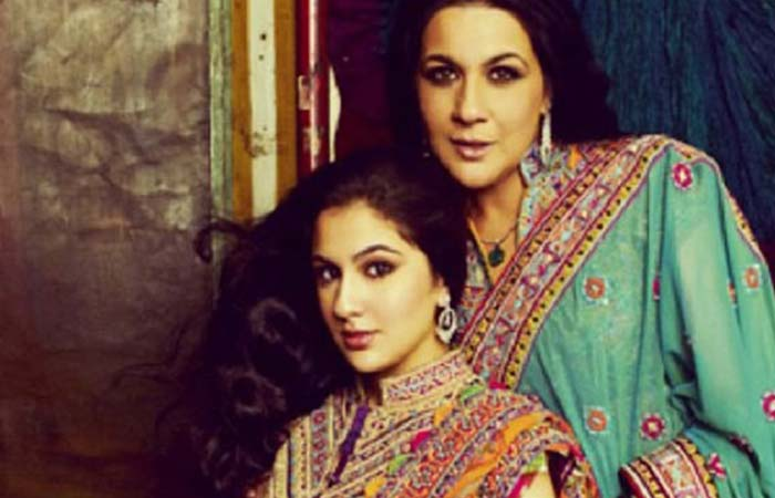 amrita-singh-and-sara-ali-khan