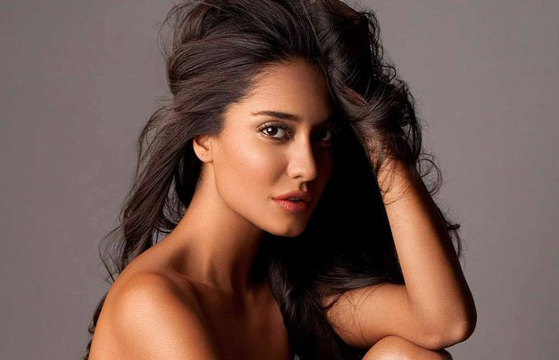 Lisa Haydon announced her pregnancy